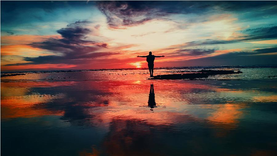 Gerçekten Özgür Müyüz? Determinizm Nedir?