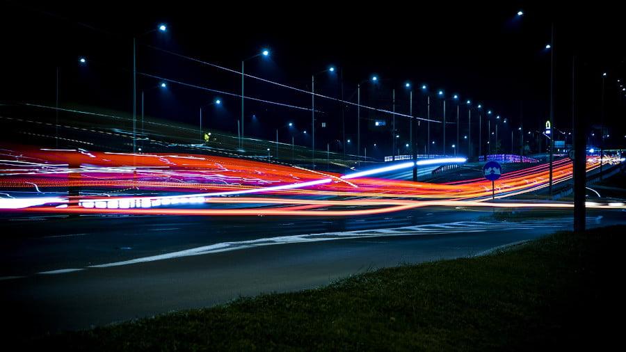 Işık Hızını Geçmek Mümkün Mü? Zaman Durdurulabilir Mi?