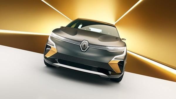 Renault, önümüzdeki yıl seri üretim modeli olarak karşımıza çıkaracağı Megane eVision konseptinin kompakt hatchback dünyasına yepyeni bir yenilik getireceğine inanıyor.